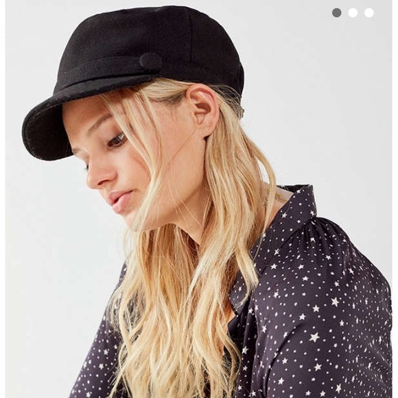 55f5526d58e02 Urban Outfitters Baker Boy Hat. M 5a403c2e8df470fe3e019376. Other  Accessories ...